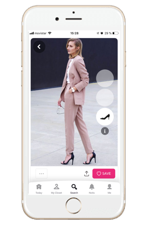 Nude pink suit to wear for a job interview. Idea from Chicisimo outfit planner app