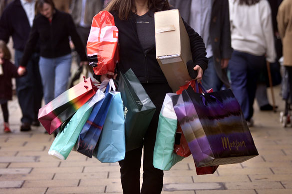 One of the best tips to go shopping is avoiding emotional vacuum