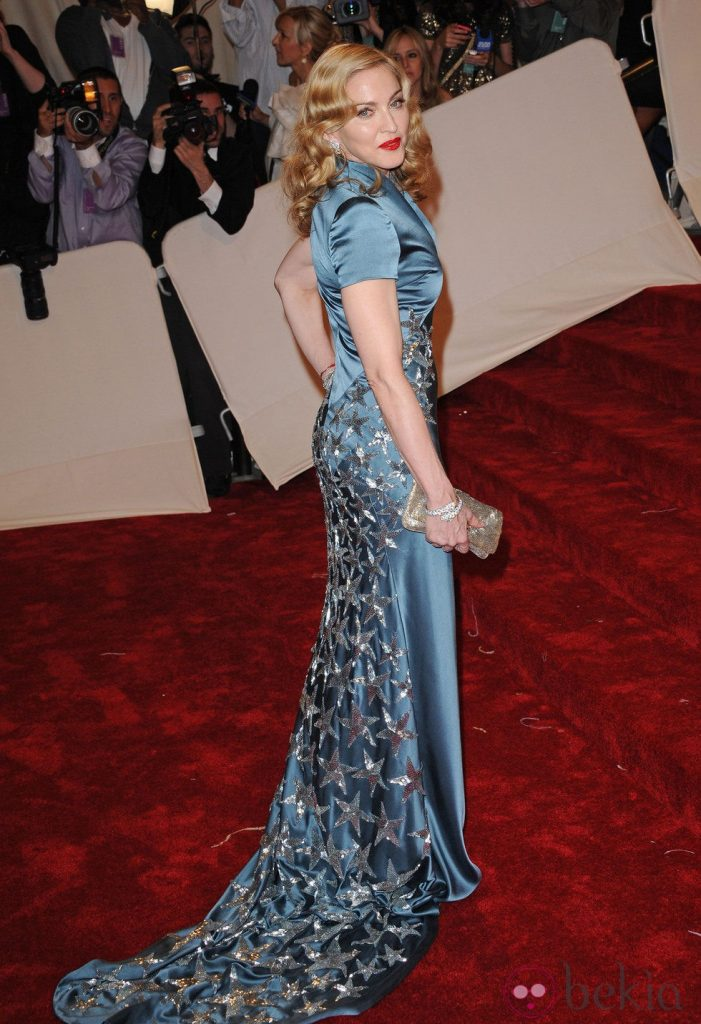 Madonna in an Stella McCartney dress
