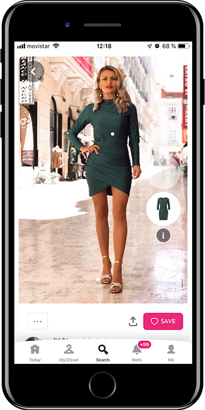Girl wearing a ruched dress by Chicisimo fashion planner app