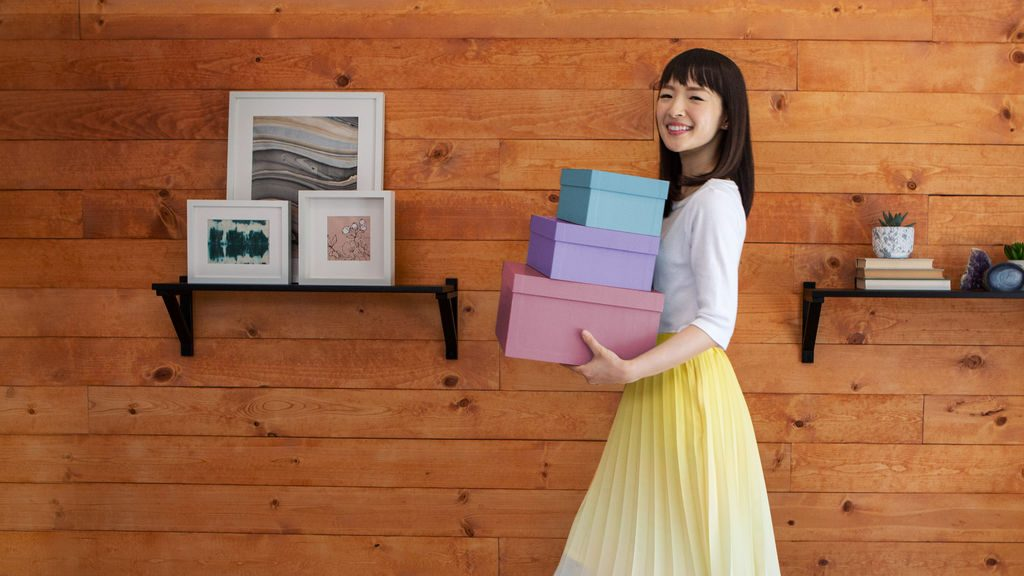 Marie Kondo organizing method