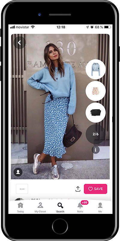 Girl wearing a crew flattering neckline sweater by Chicisimo outfit planner app